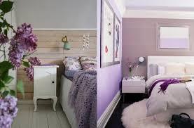 design interieur chambre adulte linge lit peinture murale lilas