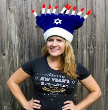 menorah hat moderntribe goes from chrismukkah to year s atlanta