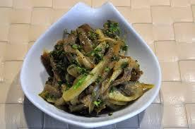 cuisiner les aubergines facile salade d aubergines l italie dans l assiette