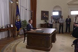 recreating the oval office a q u0026a with designated survivor u0027s