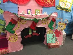the grinch who stole christmas party decorations for teachers