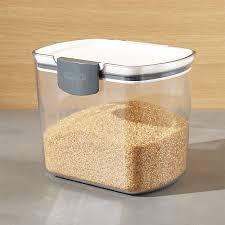 progressive prokeeper 1 5 qt brown sugar storage container