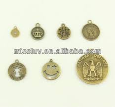Engraved Pendant Vintage Custom Logo Round Metal Tag Charms Personalized Jewelry