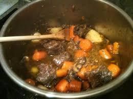 cuisine à la cocotte minute boeuf bourguignon rapide à la cocotte minute la cuisine d albert