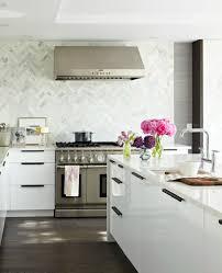 White Lacquer Kitchen Cabinets Kitchens Marble Chevron Herringbone Pattern Backsplash Glossy