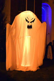 Halloween Night Light by Halloween Night Can Fun But Also Treacherous Here U0027s Some Safety