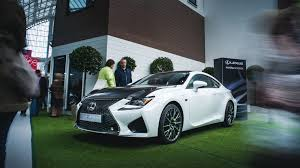 rcf lexus white rc f carbon catwalk fashion shows and oculus rift lexus at the