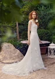wedding dress trend 2018 a guide to the key wedding dress trends for 2018 from the ivory secret
