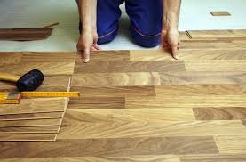 Vinyl Wood Flooring Vs Laminate Vinyl Flooring Vs Laminate Vs Linoleum The Most Popular Floors