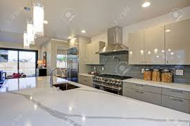 modern kitchen design images pictures sleek modern kitchen design with a kitchen peninsula fitted with