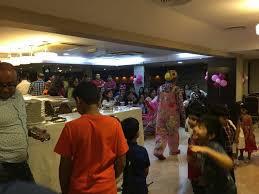 clown magician party host party host organizer clown painter magician