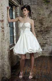 kurze brautkleider gã nstig die besten 25 wedding dress ideen auf vokuhila