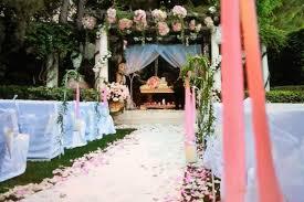 lisa vanderpump home decor pretty and pink beverly hills garden wedding home