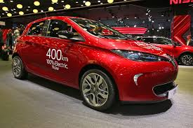 renault zoe electric grown ranger latest renault zoe claims 250 miles per charge by