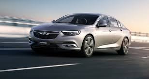 2018 holden commodore revealed officially wraps come off fully