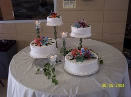 wedding cake with artificial flowers cakecentral com