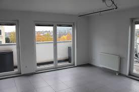 Das Wohnzimmer Wiesbaden Biebrich 4 Zimmer Wohnungen Zu Vermieten Wiesbaden Mapio Net