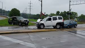 three car accident at auburn and 251