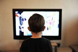 study lower income kids give more time to tv digital media