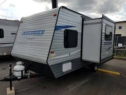 Horse Trailers For Rent In San Antonio Texas Rentals Rv Motorhome Travel Trailer And Tent Camper Rentals In