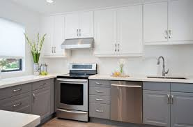gray cabinets what color walls gray cabinets in kitchen impressive gray cabinets in kitchen on 15