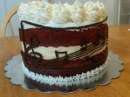 musical red velvet cheesecake cake cakecentral com