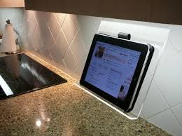Belkin Kitchen Cabinet Tablet Mount Calling All Cooks A Simple Affordable Ipad Kitchen Mount Cnet