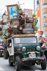 blac chyna jeep now that u0027s bananas the bizarre parade in colombia where farmers