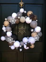 winter wreath wrap styrofoam balls with different shades of yarn