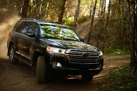 lexus lx450 off road 2016 toyota land cruiser first look review motor trend
