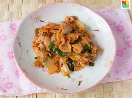100 pics solution cuisine kimchi pork stir fry recipe 100 grams thinly sliced pork belly