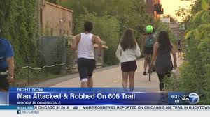 bicyclist robbed on 606 trail in wicker park abc7chicago com