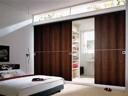 porte chambre bois porte coulissante à galandage entre vertus et faiblesses