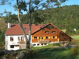 linge de lit style chalet montagne appartement style chalet sports montagne sur place wifi gratuit