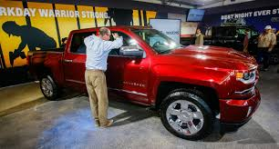 Red Lifted Chevy Silverado Truck - chevrolet u0026 gmc show off 2016 pickups at state fair of texas the