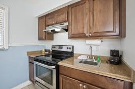 r and d kitchen fashion island fort myers beach hotel rooms lani kai island resort