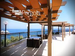 pergola balkon therrawood wpc