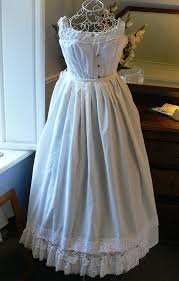 how to make a petticoat the low or no sew cheats costume guide layers petticoats
