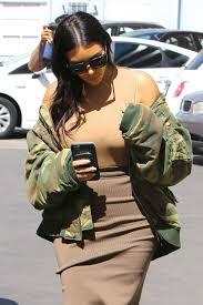 Epionce Skin Care Reviews Kim Kardashian Arrives At Epione Skin Care In Beverly Hills 05 12
