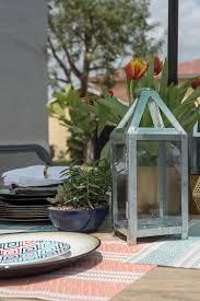 empty backyard becomes comfortable outdoor living room