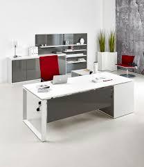 Schreibtisch Mit Viel Stauraum Schreibtische Hamburg Bildschirmarbeitsplätze Steh Sitz