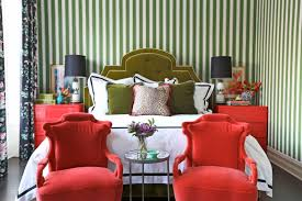beautiful colors to paint your bedroom and make it look charming