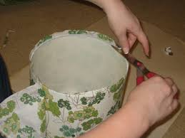 31 diy tutorial how to recover a lampshade with fabric