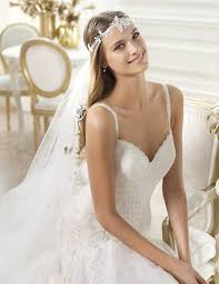 wedding hair veil wedding hairstyles with veils and tiaras knot for