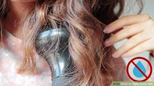 cutting hair so it curves under how to style curly hair with pictures wikihow