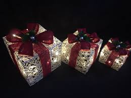 light up xmas decorations light up berries white red rattan indoor outdoor christmas parcel