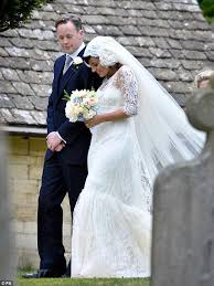 lily allen u0027has lost her 200k chanel couture wedding dress