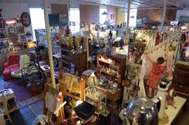 Highland Barn Antiques Primitives In Stillwater Mn The Antique Business Is Rapidly Aging