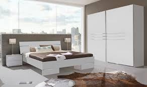 ensemble chambre à coucher adulte modele de chambre a coucher blanche waaqeffannaa org design d