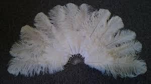 burlesque fans burlesque fans feather fans ostrich fans big feather fans how to